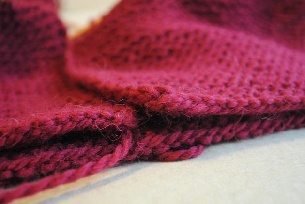Tomten Sweater hem